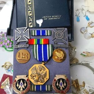 Authentic usa military issued medals